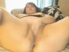 Sexy fat bbw cumming and scattering..