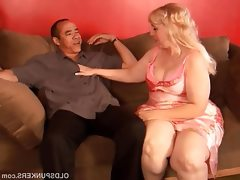 Super sexy mature blonde bbw is a very..