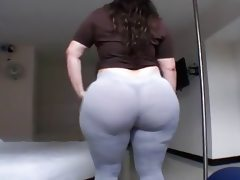 Amateur fat booty latin milf in tight..