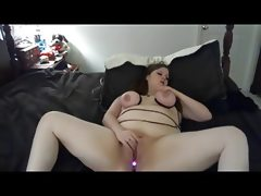 Fat bbw ex gf playing with tits,..